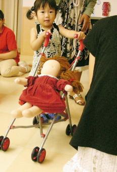 安城市 八千代病院で出張おもちゃライブラリー