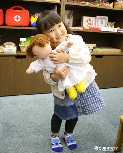 140429あいさちゃんとお人形のはなちゃん