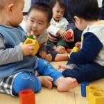 幼児教室カルテットがスタート♪ 絵本、おもちゃ、わらべうたで子育てメソッド