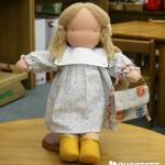 ウォルドルフ人形のひとみちゃん