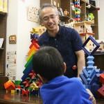 積木博士むっちパパによる積木ショーを開催!