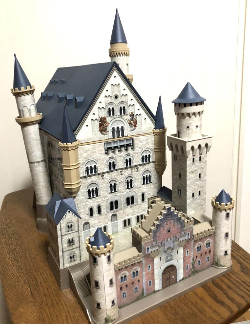 ラベンスバーガー社3Dパズル_ノイシュバンシュタイン城_完成品