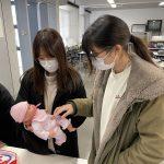 木のおもちゃを大学で学ぶ 岐阜市立女子短期大学にて