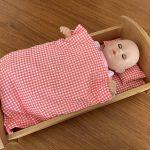 なぜ、ロッキングベッドの お人形遊びが、優しさを育てるのか